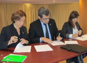 Signatura de l'acord | Foto: A.A.