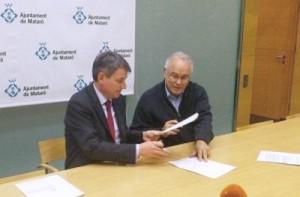 Signatura del document | Foto: CiU Mataró